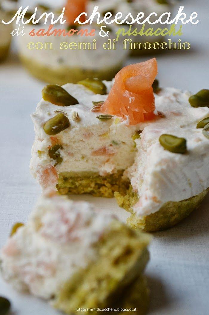 Mini cheesecake con salmone, pistacchi e semi di finocchio  Salmon and pistachio nuts cheesecakes