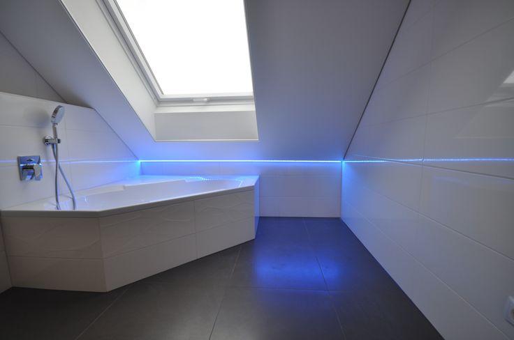 die besten 25 led deckenbeleuchtung ideen auf pinterest treppen und stufenlicht. Black Bedroom Furniture Sets. Home Design Ideas