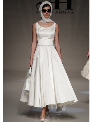 46 best bridal dresses images on pinterest groom attire wedding alan hannah 2013 wedding dresses jackie o esque dress junglespirit Choice Image