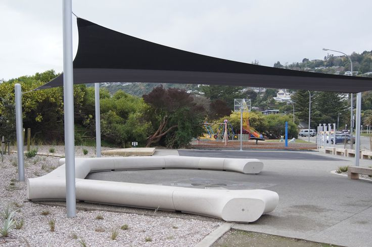 A contemporary seating project by Urban Effects. This project is situated at the centre of park and serves as the chill-out zone of the area. #TreelineSeats #urbaneffects #urbanfurniture #streetfurniture #outdoorfurniture
