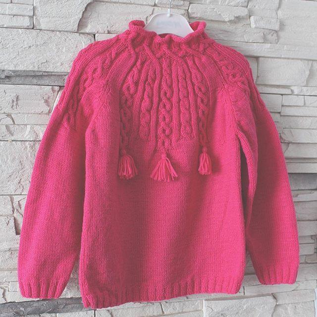 ~ d o n e ~  ------------------------------------ #knitpro #needle #juliagoffman #handmade #yarnlove #knitting #mylove #work #вязаниеназаказ #вязание #вяжутнетолькобабушки #срр #children #baby#gerl#wool#wear#ручнаяработа
