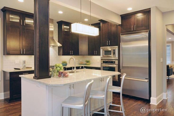 Kitchen columns ideas design accessories pictures for Kitchen ideas zillow
