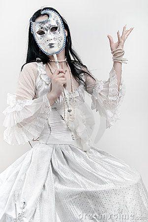Vrouw met Venetiaans masker