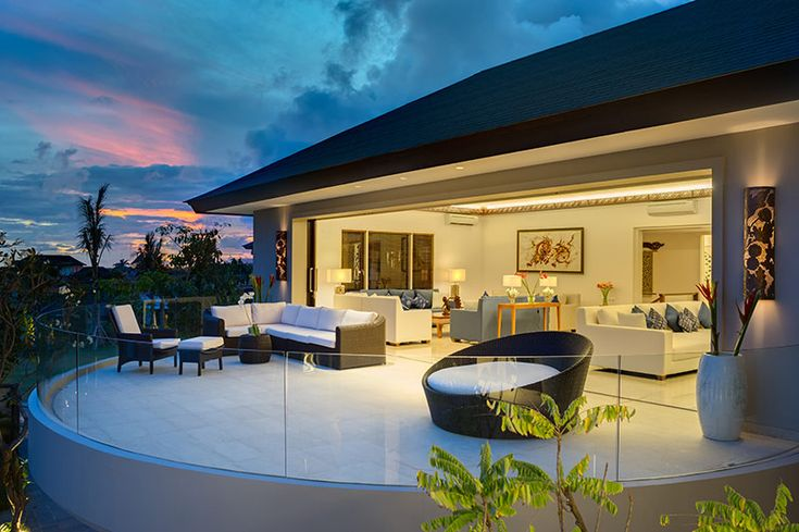 VILLA ON VIEW    Pandawa Cliff Estate, The Bukit    Perched above white sands, dramatic Indian Ocean views, The Pala, Rose and Marie commandeer the cliff. Soaring ceilings, carved doors, manicured lawns, and infinity pools. Tennis, squash gym and spa. Floor to ceiling glass, balconies, an amphitheatre overlooking the sea. Staffed for first class entertaining, celebratory dinners and fairy-tale weddings. Yes please. http://ow.ly/VpJKG