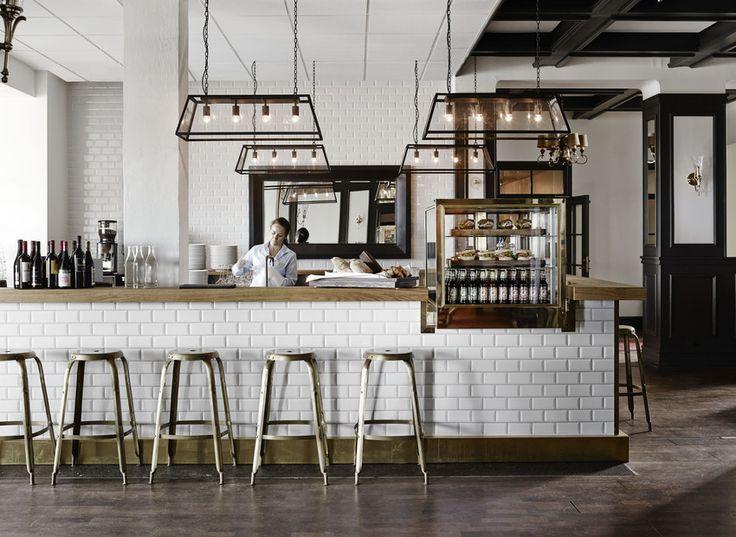 Nyd eller lækker drink i baren på Comwell Varbergs Kurort