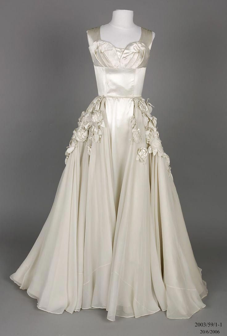 Christian Dior Vintage Wedding Dresses Vintage1950sdresseswedding Vintage Dresses Wedding Dress Trends Wedding Gowns Vintage