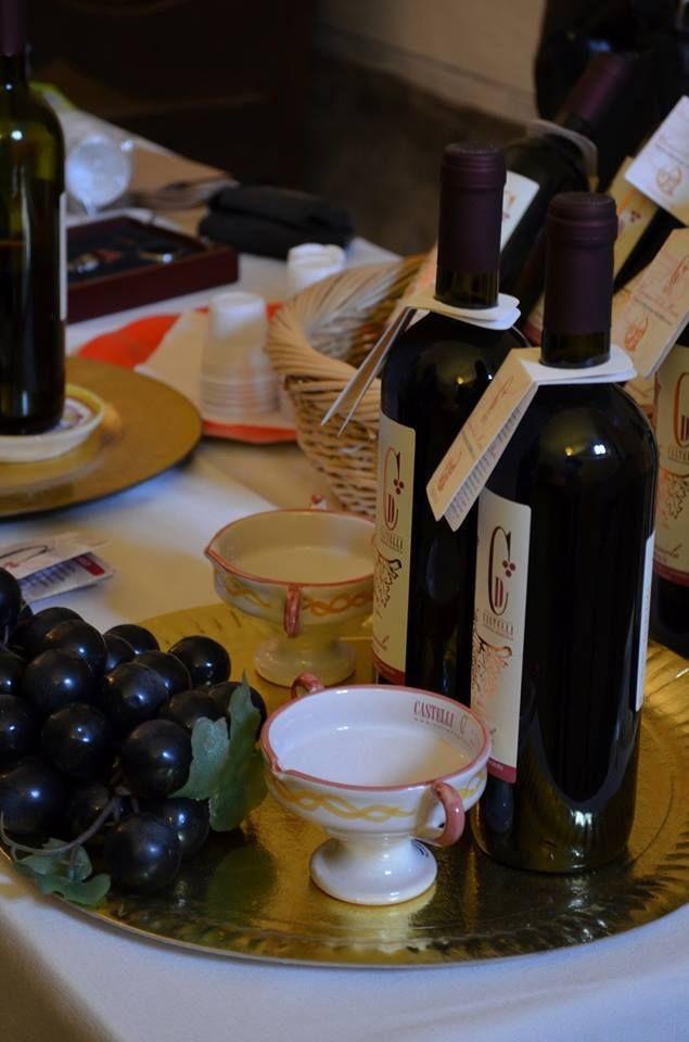 Un sorso di #Cannaiola? Il profumo delle peonie e delle viole...anche d'inverno. http://www.tusciainrete.it/_blog/Il_blog_della_Tuscia/post/La_cannaiola_di_Marta/ Photo F. Fiorentini #StoriediCucinainTuscia #Italy