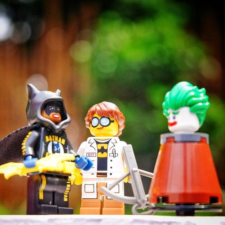 Every member of Batman Fans club has to perform target practice . . . . . . . . . #lego #legos #legophotography #legominifigures #minifig #minifigures #legostagram #instatoys #legoland #toys #toystagram #toyphotography #afol #toycommunity #toypics #brick #legophoto #legotoys #lego365 #toyartistry #toyartistry_lego #legographerid #legomania #legolov3rs #batman #legobatman