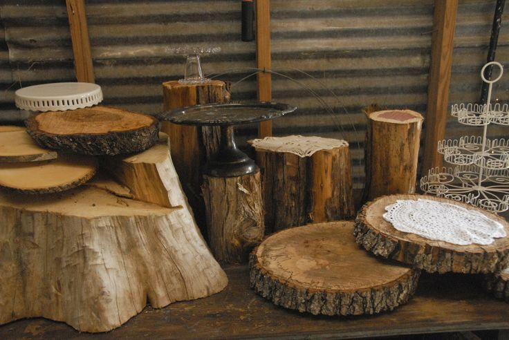 Rustic Cupcake Display | Head Over Heels: Rustic woodsy cupcake table display how to
