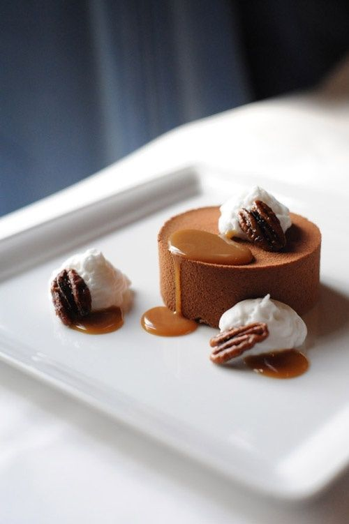 Caramel Food Amp Drİnk In 2019 Gourmet Desserts Plated