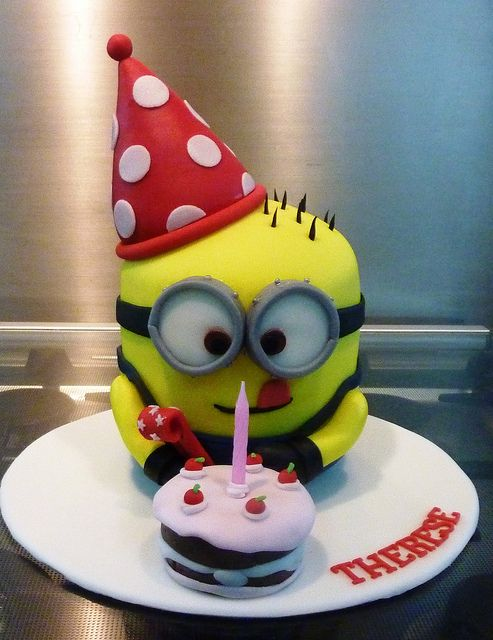 dispicable me cake | despicable me cake | Flickr - Photo Sharing!