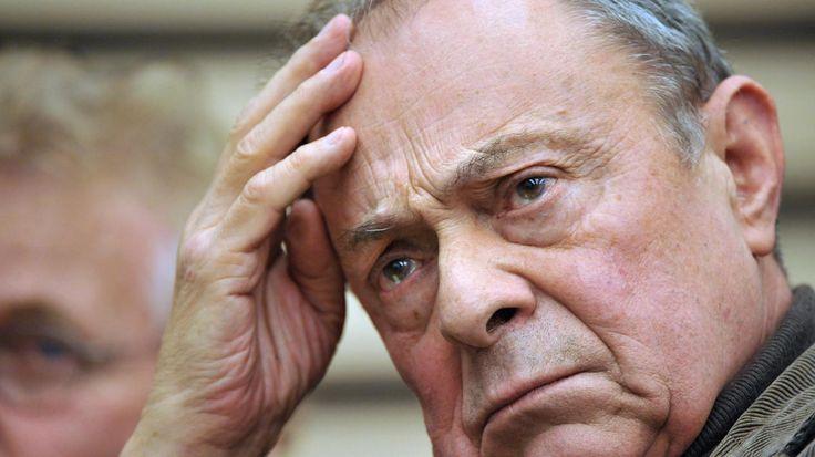 Mort de Michel Rocard : il a succombé à un cancer Michel Rocard s'est éteint ce samedi 2 juillet à 85 ans. L'ancien Premier ministre avait eu récemment plusieurs problèmes de santé.
