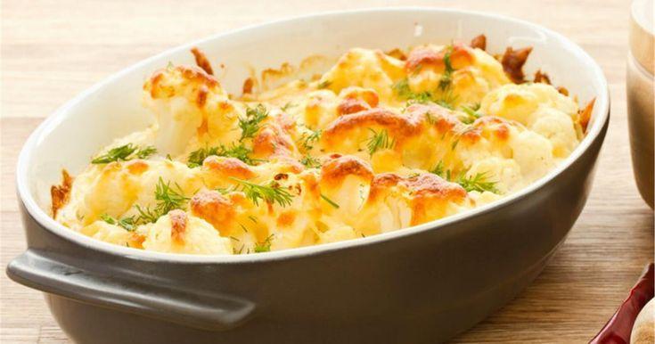 Ένα χορταστικό πιάτο με πρωταγωνιστή το κουνουπίδι. Πλούσιο σε γεύση και φυτικές ίνες. Απολαύστε το ζεστό.