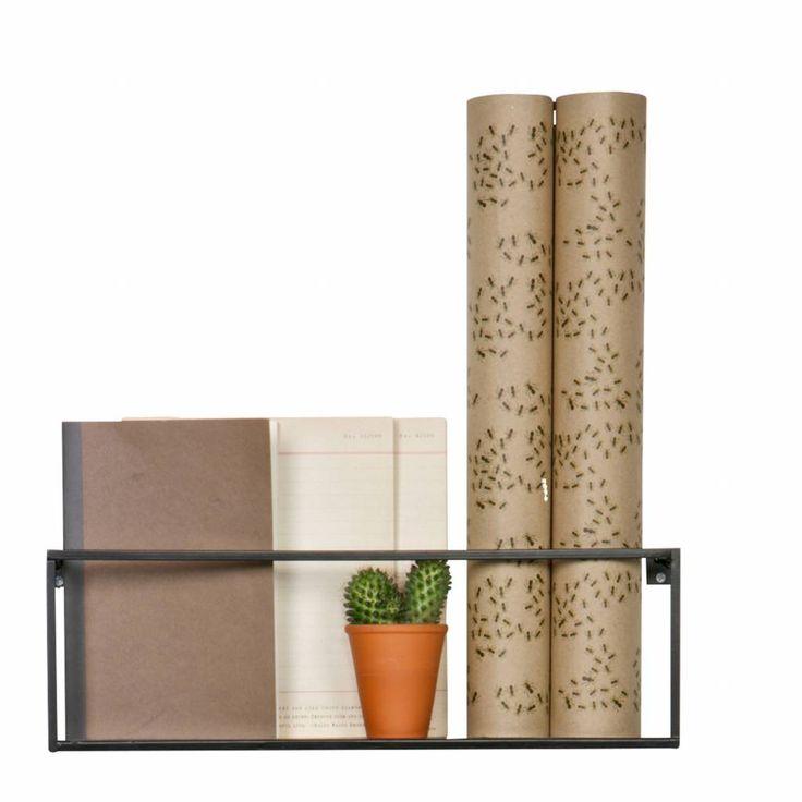 Een wandplank is leuk als decoratie-object of om je spullen op te zetten. Lege ruimtes kunnen opgevuld worden, zodat de muur niet meer zo kaal is. Deze wandplan