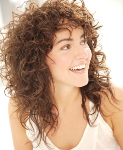 Enjoy the added benefits of the moisture your hair is receiving each time you use the Q-Redew to style and reshape your hair, resulting in healthier frizz free curls over time.