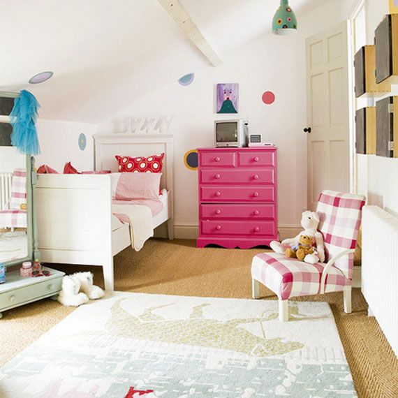 Country Style Children S Bedroom Bright Accents Such As A Hot Pink Chest Of Drawers And Colourful Bed Linen Give Character To A Children S Bedroom