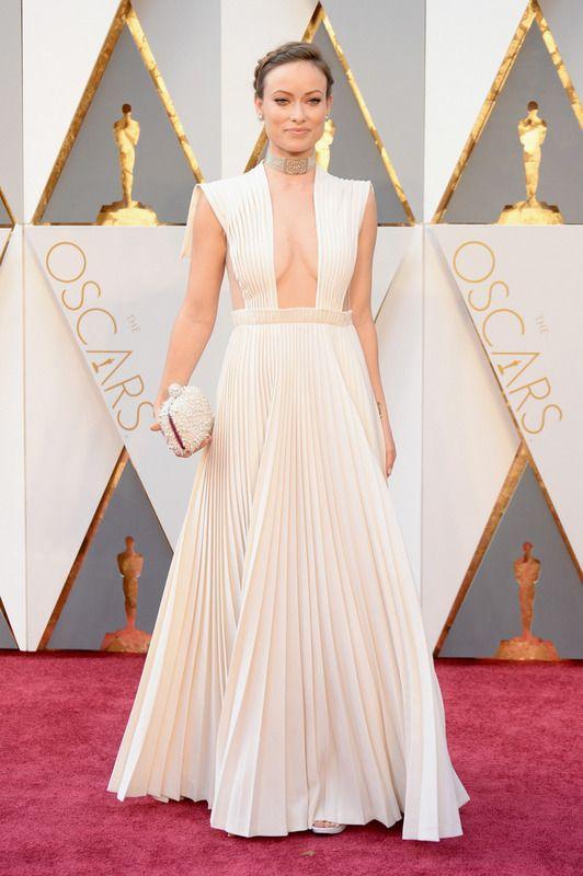 Olivia Wilde de Valentino Haute Couture en los Oscar 2016