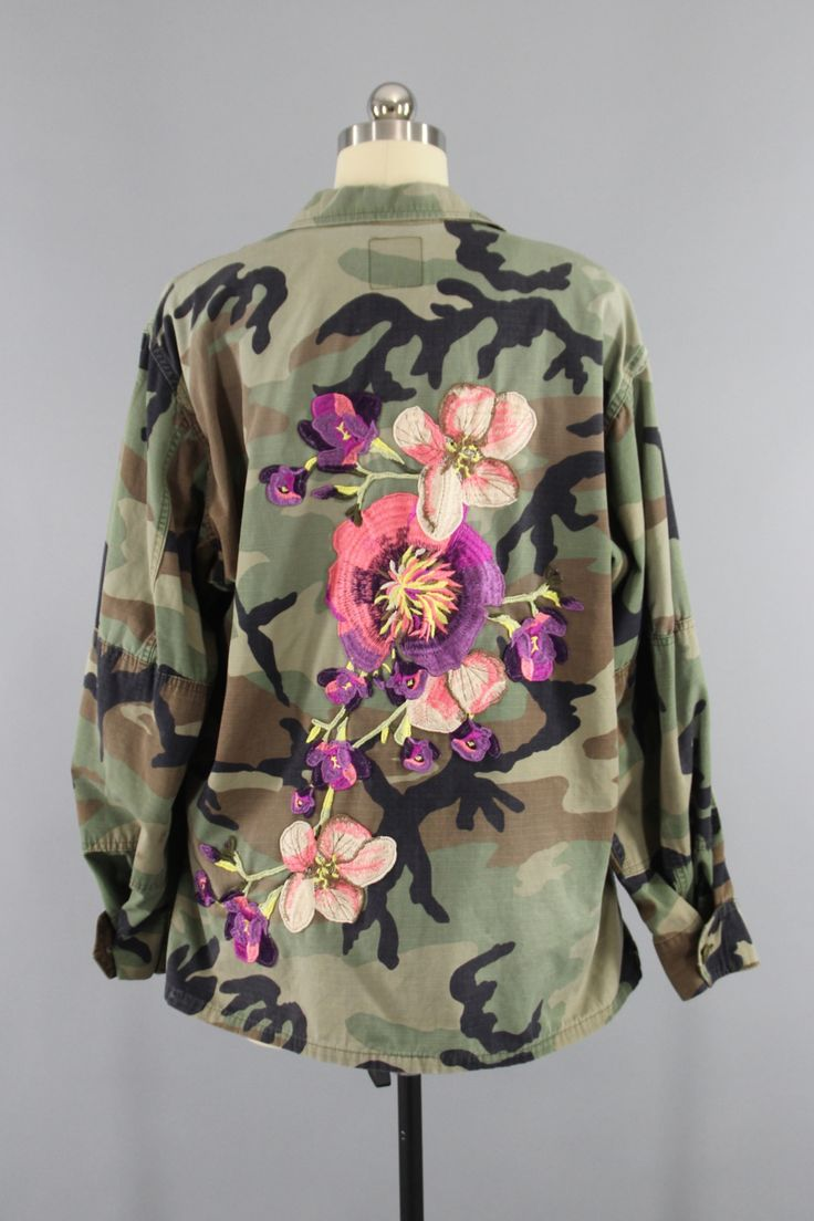 Vintage US Army Embroidered Camouflage Jacket / Purple Peach Floral Embroidery / XL XXL Plus