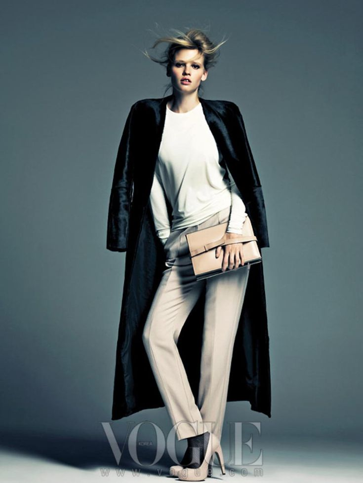 Lara Stone Rocks Calvin Klein for Vogue Koreas August 2012 Cover Shoot