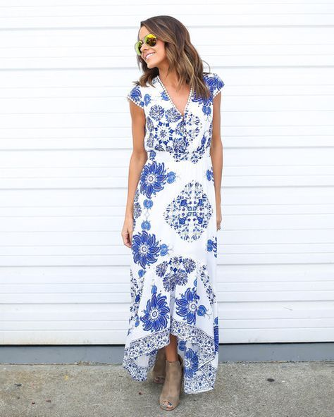 Spring & Summer 2017 Fashion! Stitch Fix - #sponsored #stitchfix White & blue maxi dress