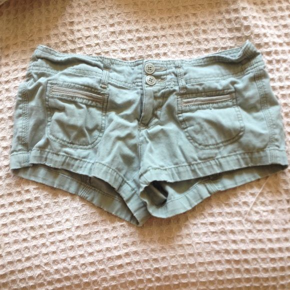 Army green shorts Army green short shorts with cute front pockets size 3. Not actually from urban outfitters Urban Outfitters Shorts