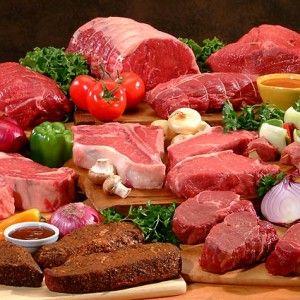 Białko to substancja zbudowana z aminokwasów, stanowiąc około 20% suchej masy ciała człowieka (odliczając wodę). W  zależności od ilości aminokwasów dzielimy je na di, tri, polipeptydy oraz proteidy. Wszystkie aminokwasy łączą się ze sobą wiązaniem peptydowym. W zależności od  budowy możemy podzielić je na: aminokwasy zasadowe np. lizyna, arginina, histydyna, aminokwasy kwasowe np. kwas asparaginowy, kwas glutaminowy, aminokwasy obojętne np. glicyna, alanina, leucyna, izoleucyna, walina, ...