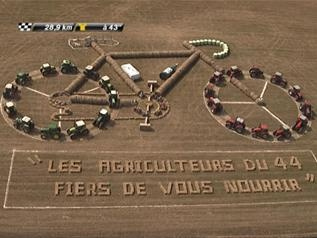 "www.pushcycling.com ""Agricultural art"" at the Tour de France"