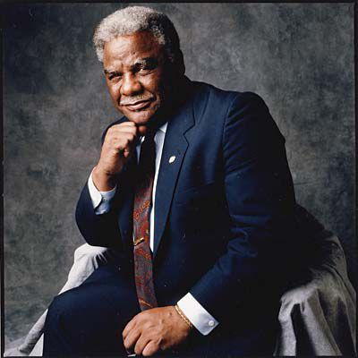 In 1983, Harold Washington became the first African-American mayor of Chicago, Illinois.
