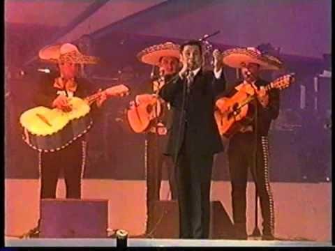 Juan Gabriel NO DISCUTAMOS Estadio Azteca 1999 completo