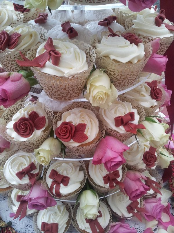 Wedding Cupcakes * Cupcake Towers * Designer Cupcakes * Kent, Essex, East Sussex, Surrey and SE London