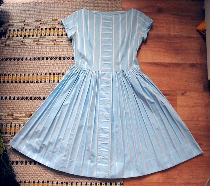 Ljusblå rockabilly pinup klänning 50 60 tal retro vintage på Tradera.