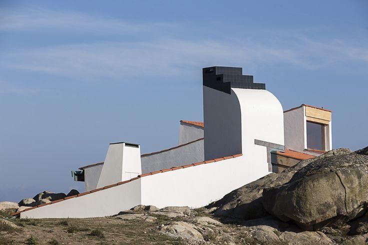 Álvaro Siza, Boa Nova Tea House, photo © Nelson Garrido