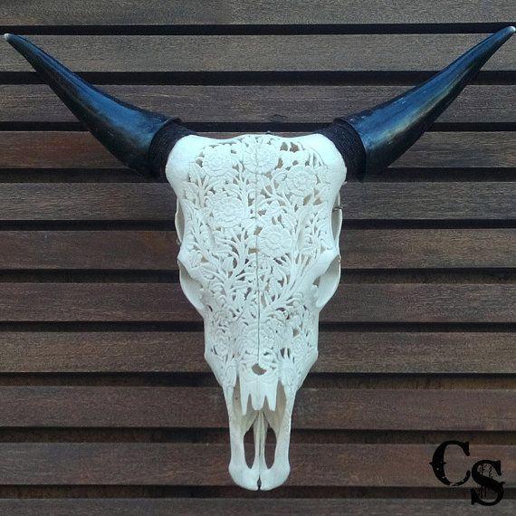 Sculpté à la main Steer Cow Skull tête de taureau par CarvedSkulls