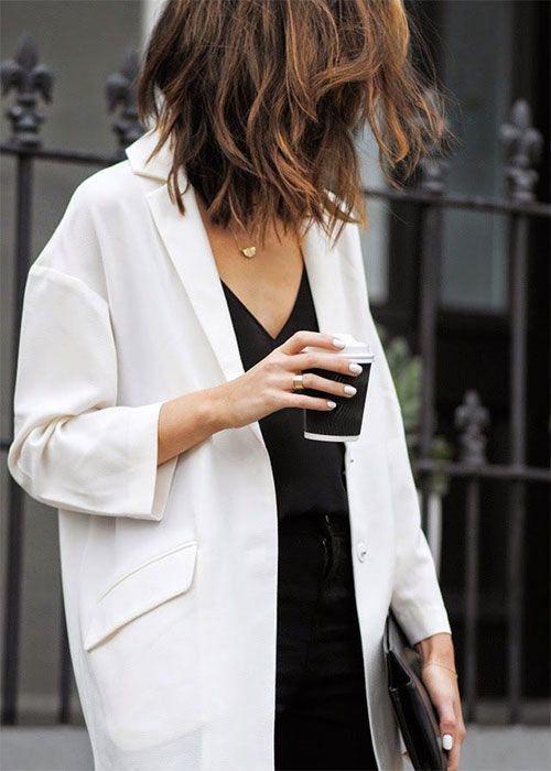 love the oversize jacket.... nice.   http://theinspired.life