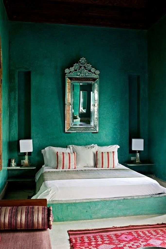 Monday Color Inspiration: Dark Green Rooms - The EasyPaint blog