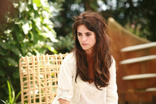 Penelope Cruz. the not so done, but you know it was, hair.
