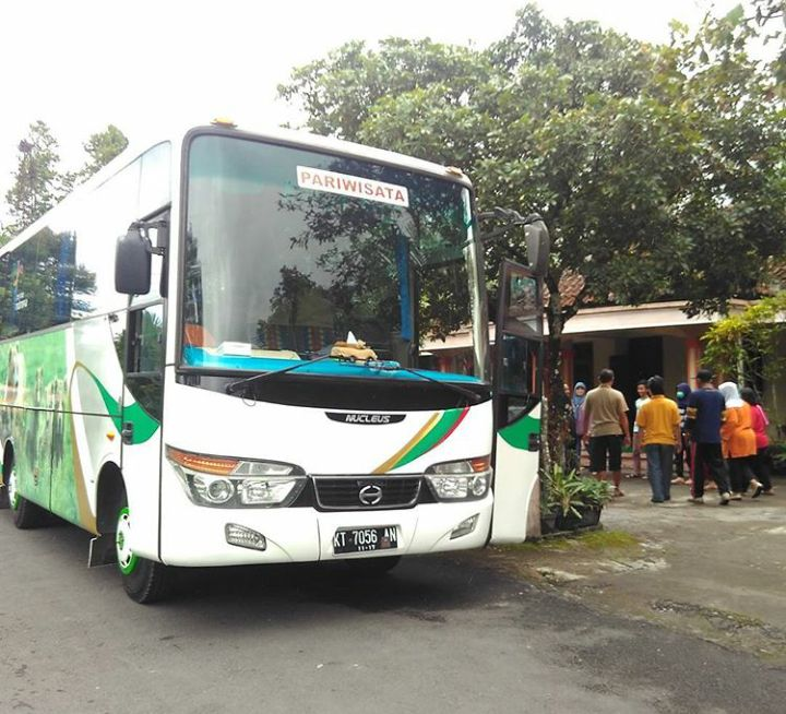 Rental Mobil Jogja   Sewa Bus Pariwisata (Driver + BBM ) ☎ 082221887800 Sewa Mobil Bulanan Mulai 3,8 Juta