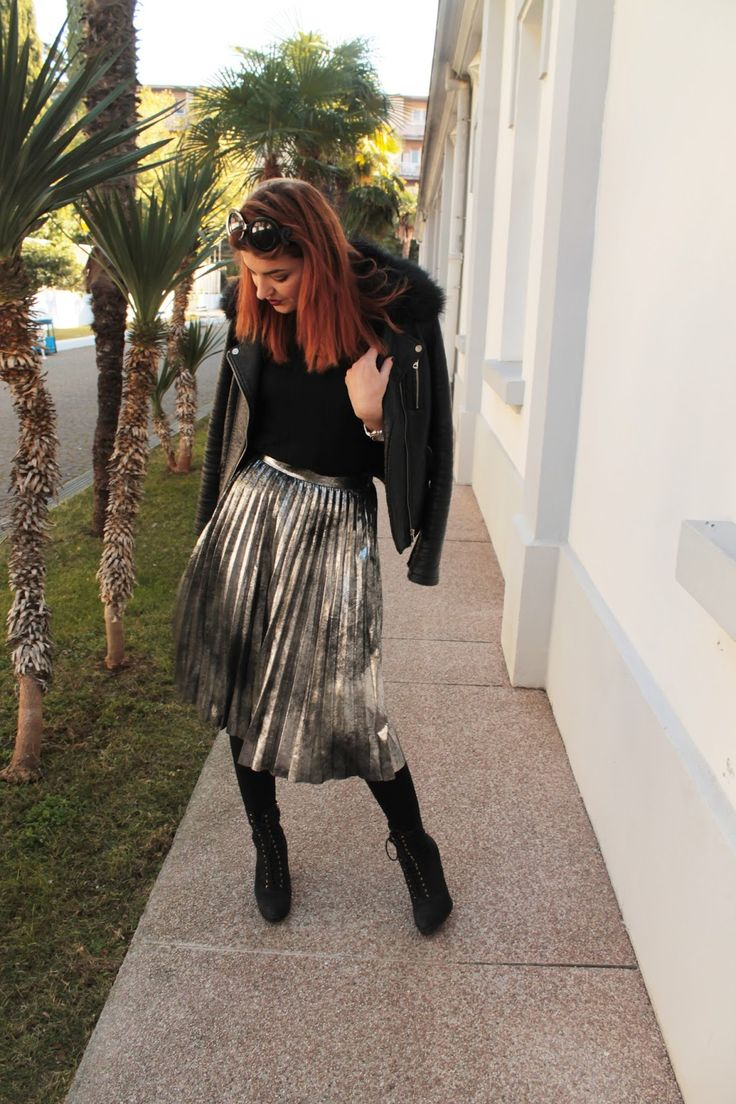 1000+ Ideas About Silver Skirt On Pinterest | Metallic Skirt Grey Outfit And White Pleated Skirt