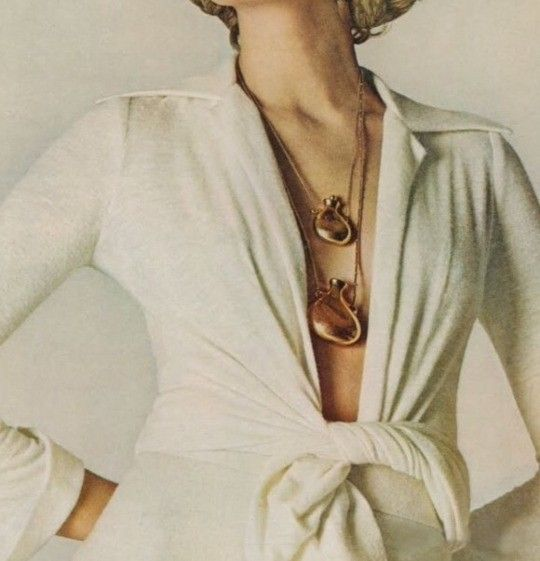 blueberry modern - Elsa Peretti -  bottle pendant necklace for Halston 1970s