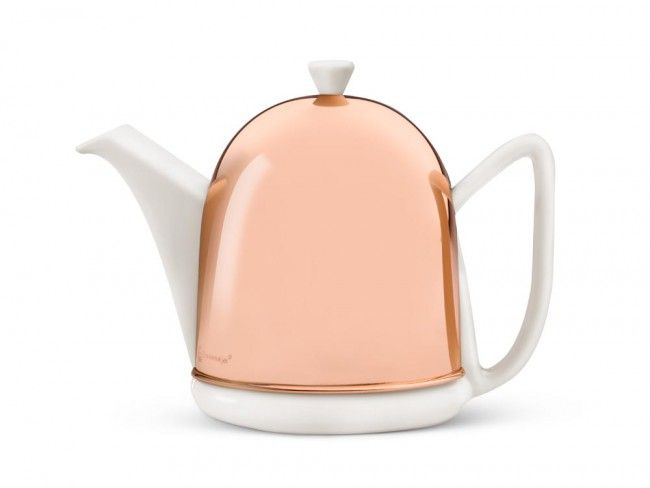 Theepot Cosy Manto Copper Teapot by Bredemeijer | This is the humble teapot cosy reimagined in a very sleek and modern way. The detachable copper casing keeps the tea hotter for longer. #modernteapot #teapot #teacosy #teapotcosy #bredemeijer #copperteapot #tea #tealover #homewaresstation