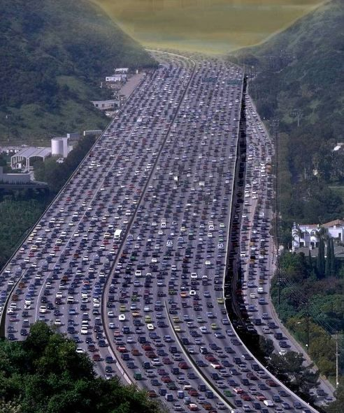 405 freeway southbound, Los Angeles, CA. What a headache.  http://www.fandctravel.com/los-angeles-cruise/