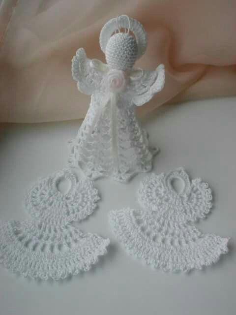 crochet angels by Babu Szabo...www.facebook.com/LAteliercrochelaceandroses