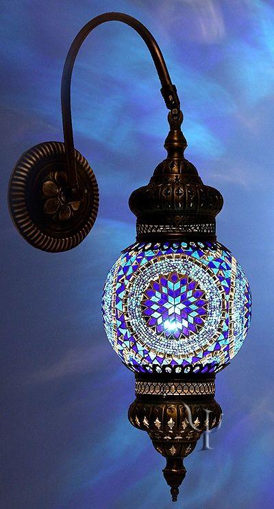 Luminária em mosaico
