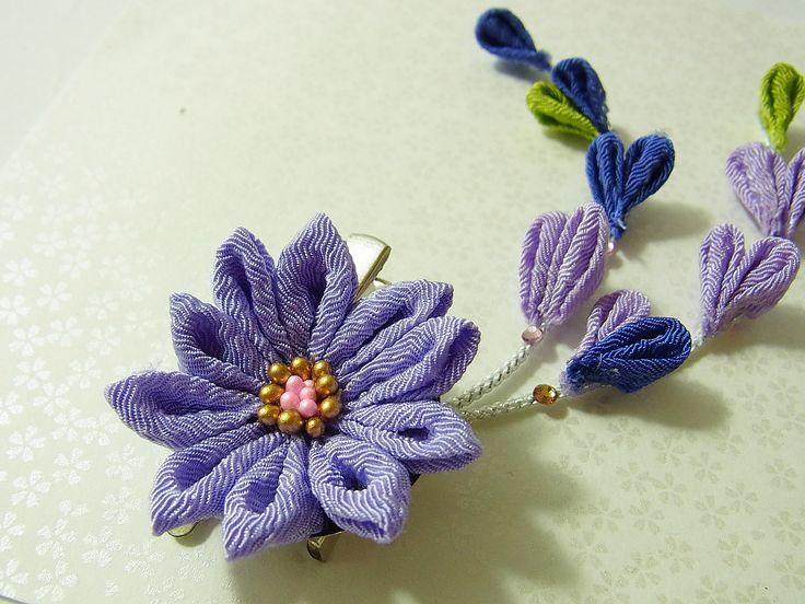 Tsumami Kanzashi flower brooch and hair clip  Kimono Japanese Chirimen - chrysanthemum (Purple) by chirimenbunny on Etsy
