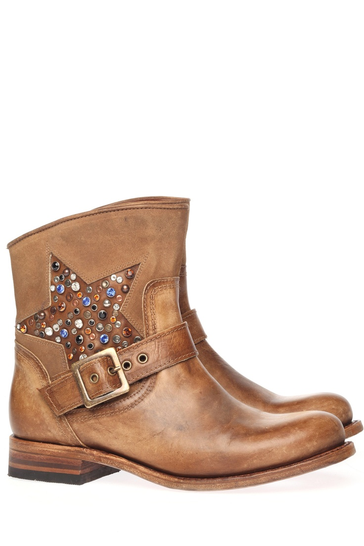 Want these.. Sendra shoes