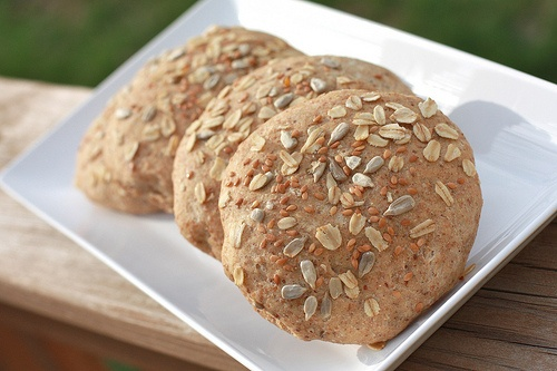 Honey flax oatmeal thinbuns