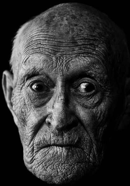 Old man, reference of wrinkles around overall face, eye bags, growth of nose - Nagg