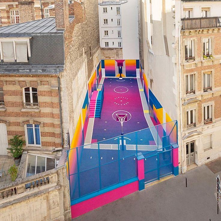 Le terrain de basket pigalle duperré dans le 9e arrondissement fait peau neuve une