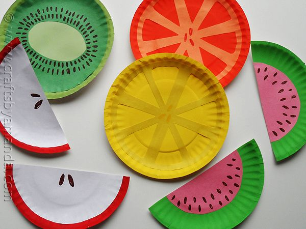 Paper plate fruit to decorate the SUKKAH. Instead of cutting little papers, you can use crayon resist with water color paint for details of the fruit.