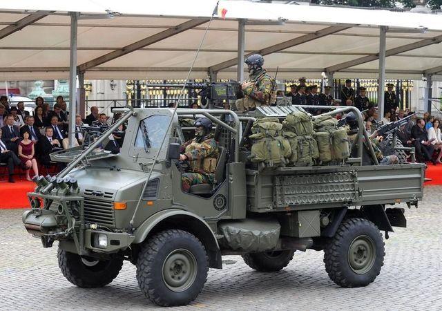 Resultado de imagen para mercedes unimog military